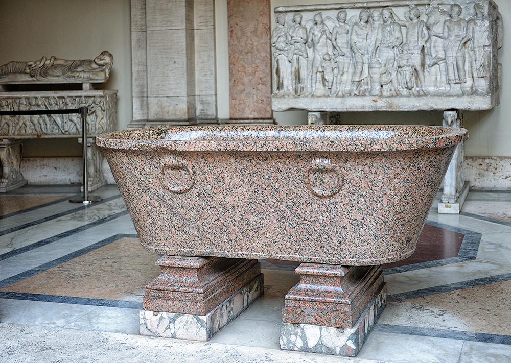 История появления ванн